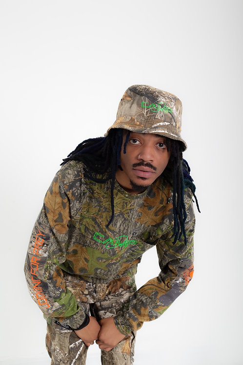 C.Â.M.P Design  Long sleeve Camouflage looking for Pray Tee