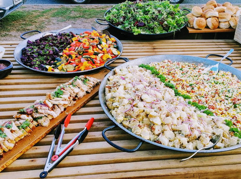 Grilled pork belly and salads