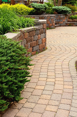 Retaining Wall and Patio with Landscapin