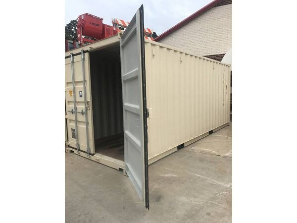 other 20' shipping container.jpg