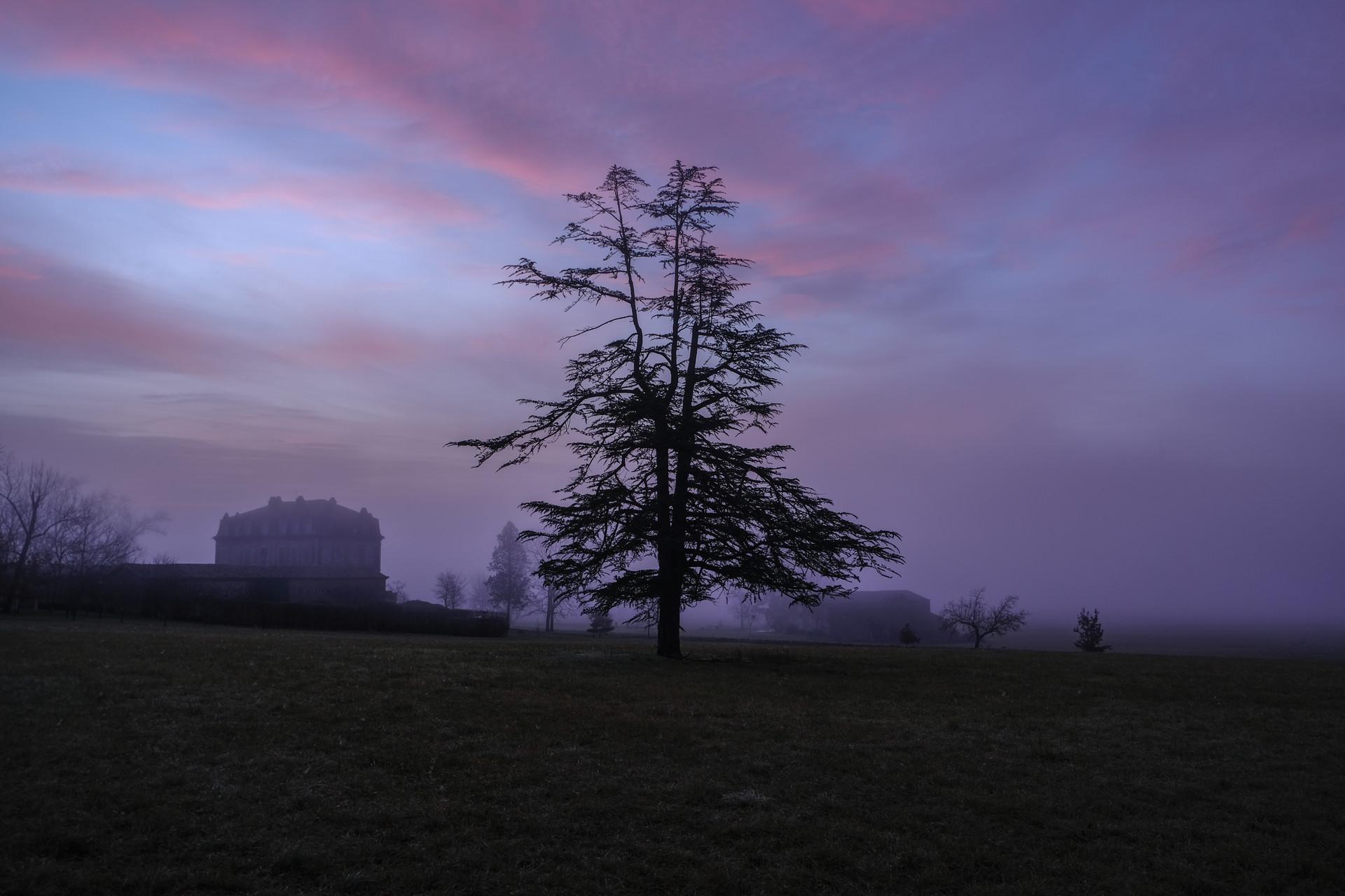 Crépuscule dans le Tarn, France