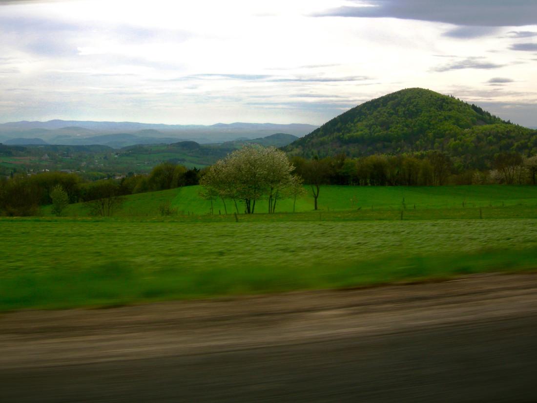 A travers le Cantal, France