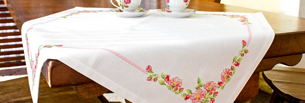 FM005 Rosehip - Tablecloth
