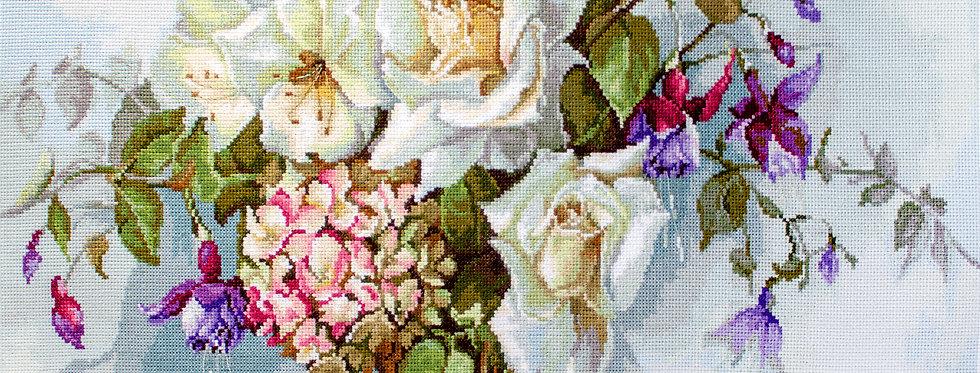 BA2363 Bouquet of roses - Cross Stitch Kit Luca-S