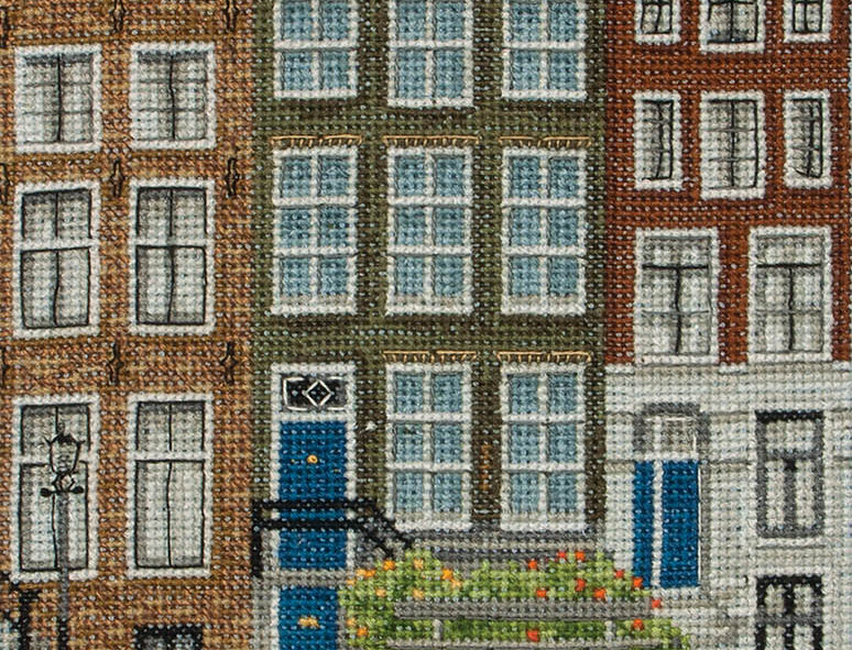 Anchor Essentials Cross Stitch Kit - Amsterdam Street Scene