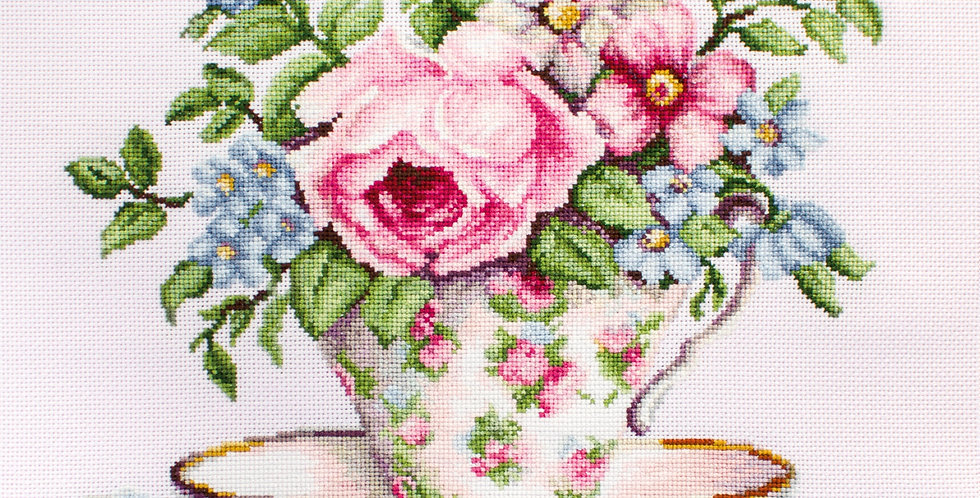 Blooming in a cup of tea - Cross Stitch Kit Luca-S