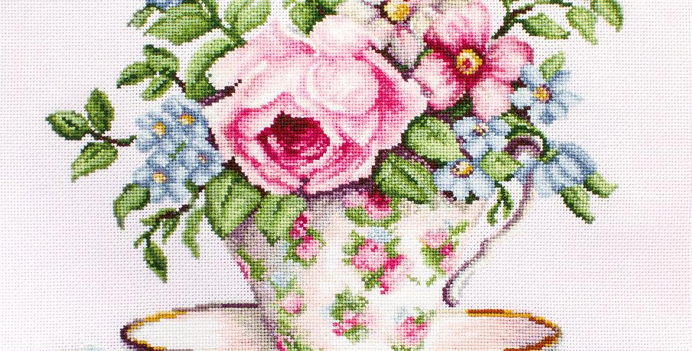 BA2321 Blooms in a Tea Cup - Cross Stitch Kit Luca-S