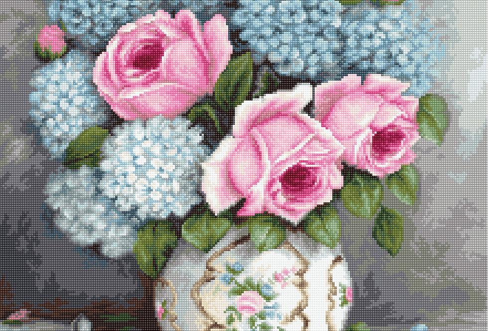 G569 Roses and Hydrangeas - Petit Point Kit Luca-S
