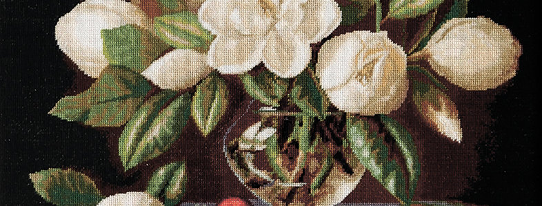 G465 Magnolia Flowers - Petit Point Kit Luca-S