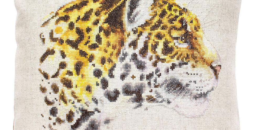 PB183 Leopard - Pillow Case