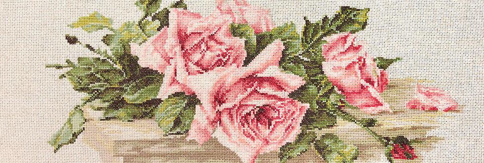 BL22400 Pink Roses - Cross Stitch Kit Luca-S