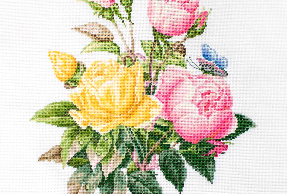 BU4003 Yellow Roses and Bengal Roses - Cross Stitch Kit Luca-S