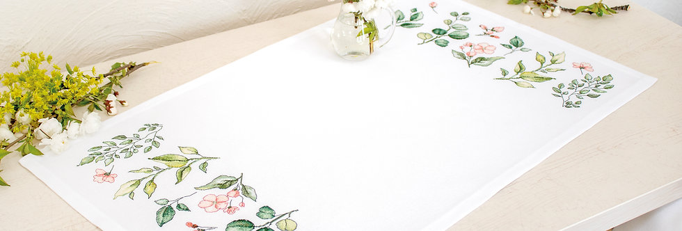 FM019 Leaves and flowers - Tablecloth
