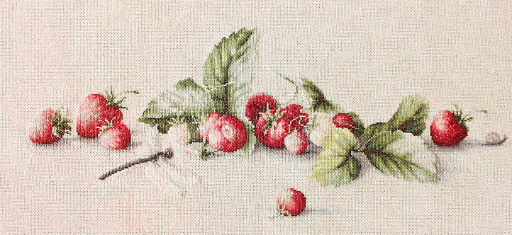 BL2254 Etude with Strawberries