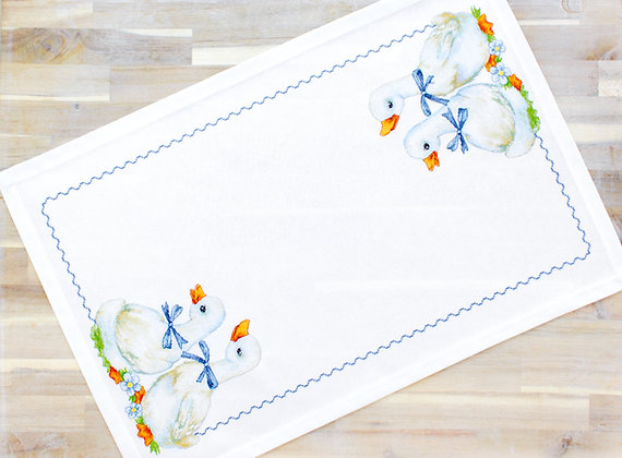 FM 004 Tablecloth - Geese