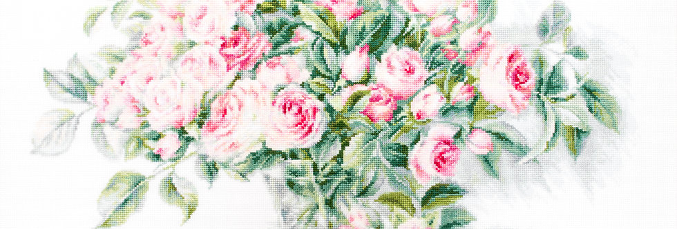 B2286 Bouquet of Pink Roses - Cross Stitch Kit