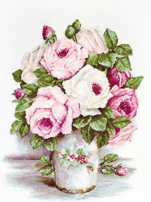 BA2329 Mixed Roses