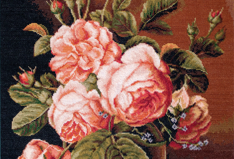 G488 Rose Vase - Petit Point Kit Luca-S