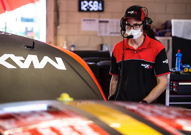 MX Piquet Sports Cap and shirt
