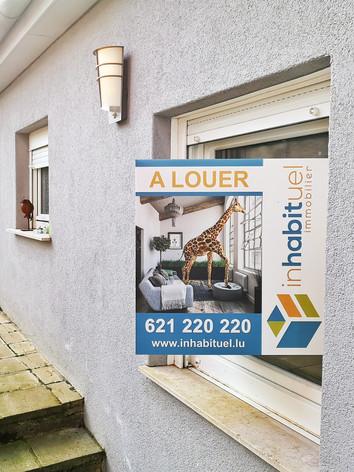 Inhabituel Immobilier- Panneaux à vendre