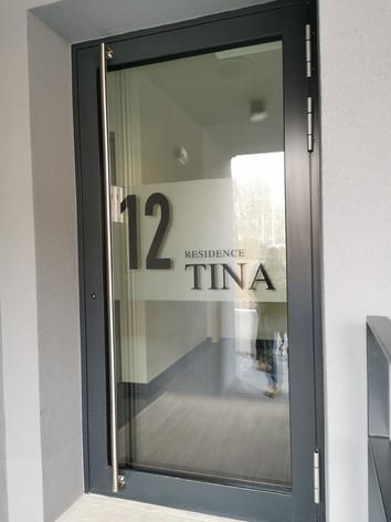 Résidence Tina - Lettrage bâtiment