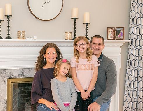 Family%20Pic-Downsize_edited.jpg