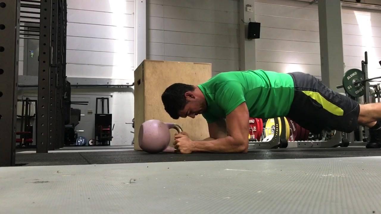 Plank Challenge.   (Husk å holde helt stabil i midtlinje)