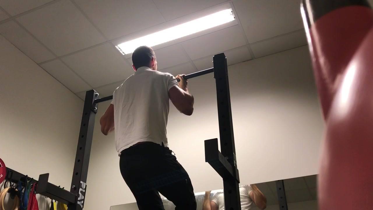 Inspirert av min venn og kiropraktor Stefan Gospodinov - her er et utfordring til dere.  1 pull up - 1 sek hold på toppen 2 pull up - 2 sek hold på toppen 3 pull up - 3 sek hold på toppen... ...osv, osv...  Hvor mange klare du?