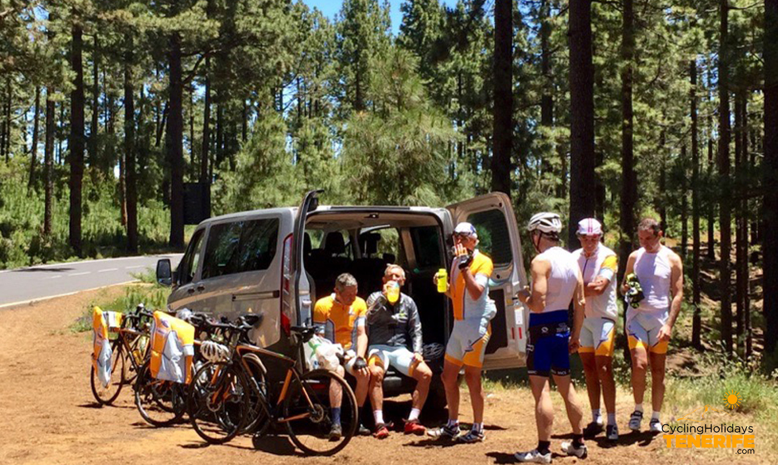 bike holidays tours tenerife groups.jpg