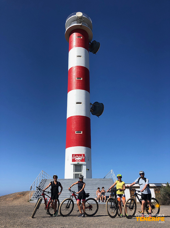 lighthouse palm mar Tenerife.jpg