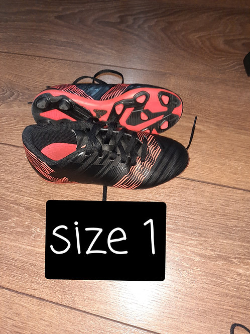 Size 1 boots - black and orange