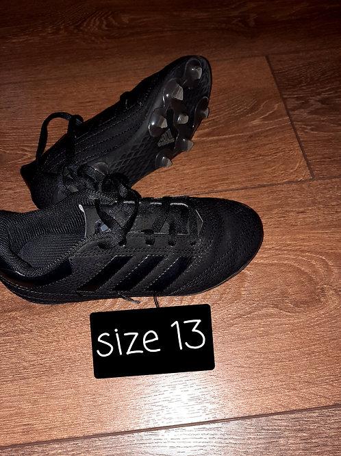 Size 13 astro trainers - black