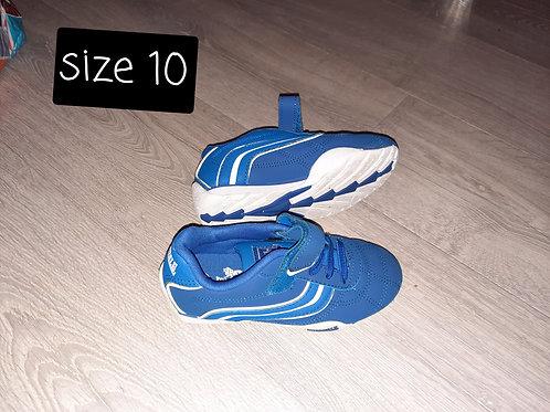 Size 10  - blue