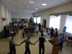 «Подарим детям Новый год»