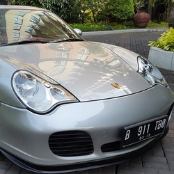 Happy weekend all.._#fulldetailing #Porsche #911turbo done. Paintwork polished with #rupes #menzerna