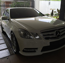 E-Klasse done with double layer coating for durable protection and extra wetlook 😁__#mercedes #benz