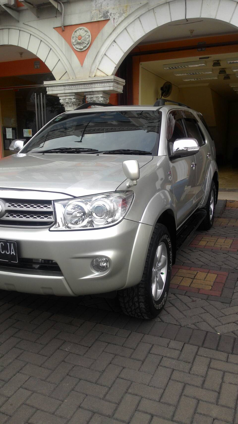 Toyota Fortuner Nano Ceramic Coating
