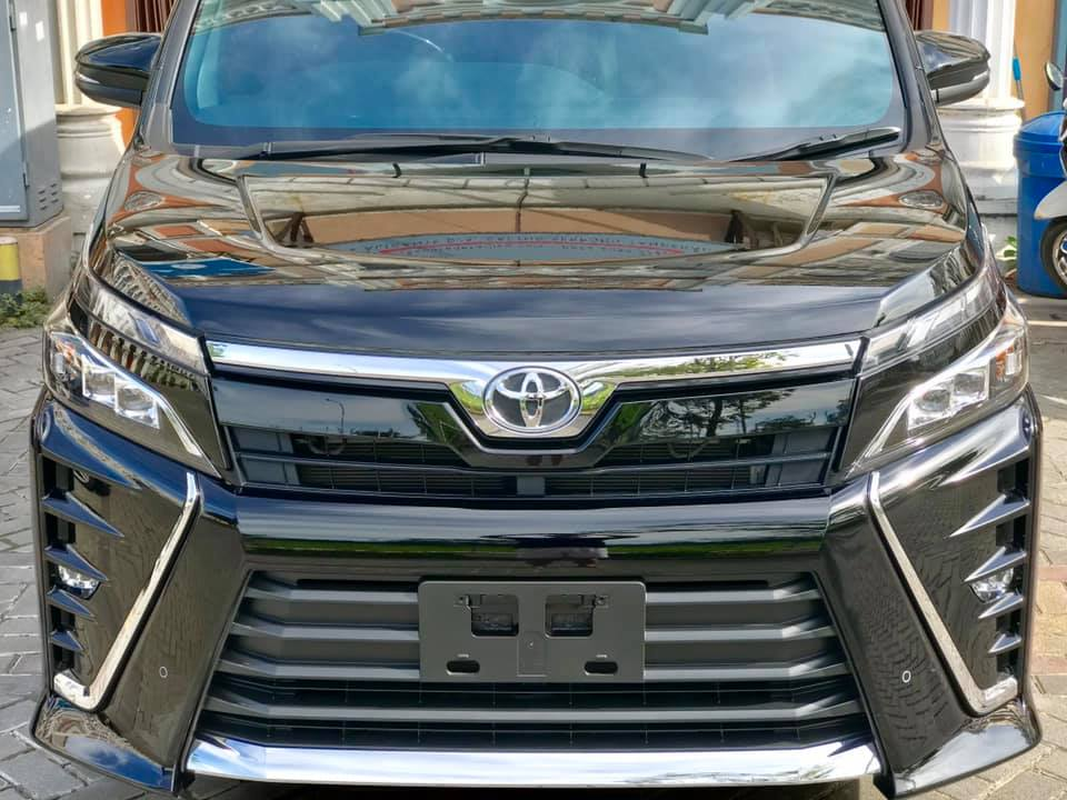 Toyota Voxy Nano Ceramic Coating