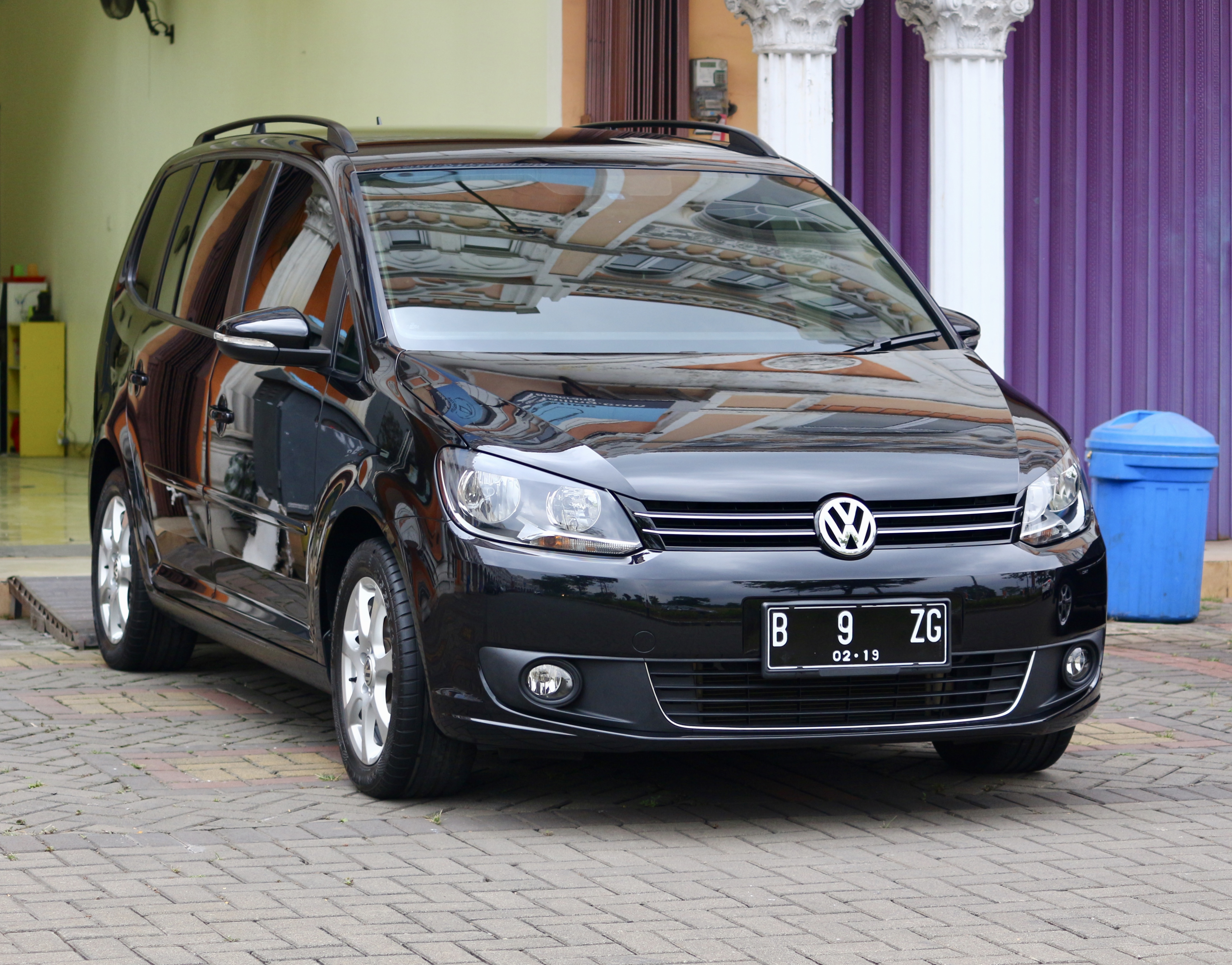 VW Touran Auto Detailing