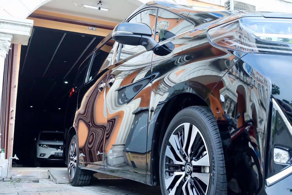 Toyota Alphard Nano Ceramic Coating