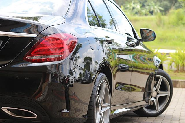 Mercedes Benz C250 AMG 😍😍😍_This car was coated 7 months ago and take a look at that gloss! Only s