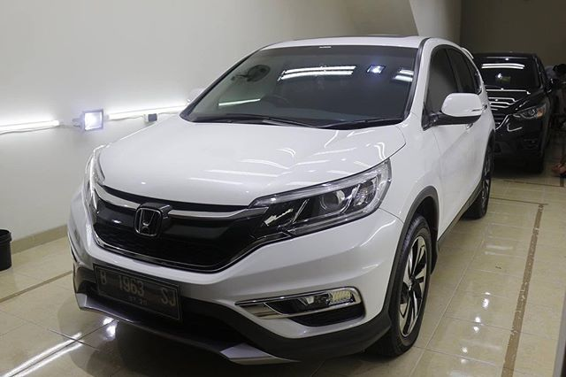 Honda CR-V after double layer ceramic coating.
