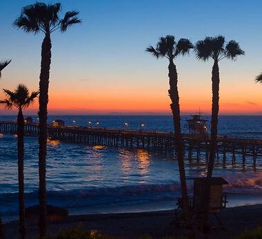 bigs-Sunset-At-San-Clemente-Beach-California-152162990-e1482543643460-650x416.jpg