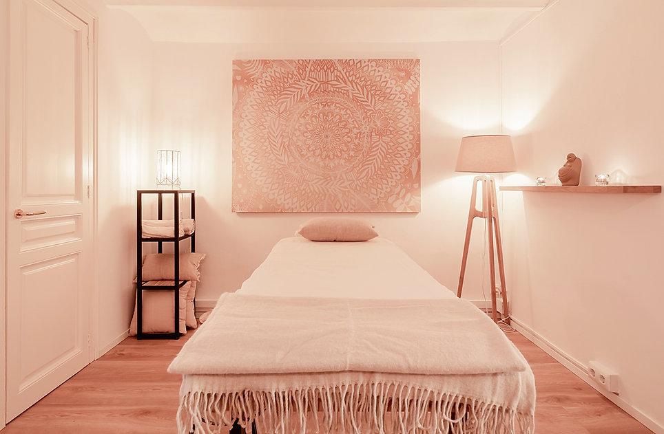 La consulta de lujo 'Pure Relaxation' en centro de Barcelona para relajarse, respirar y recuperar tu vitalidad. La terápia craneosacral biodinámica te ayuda recuperar tu salud.
