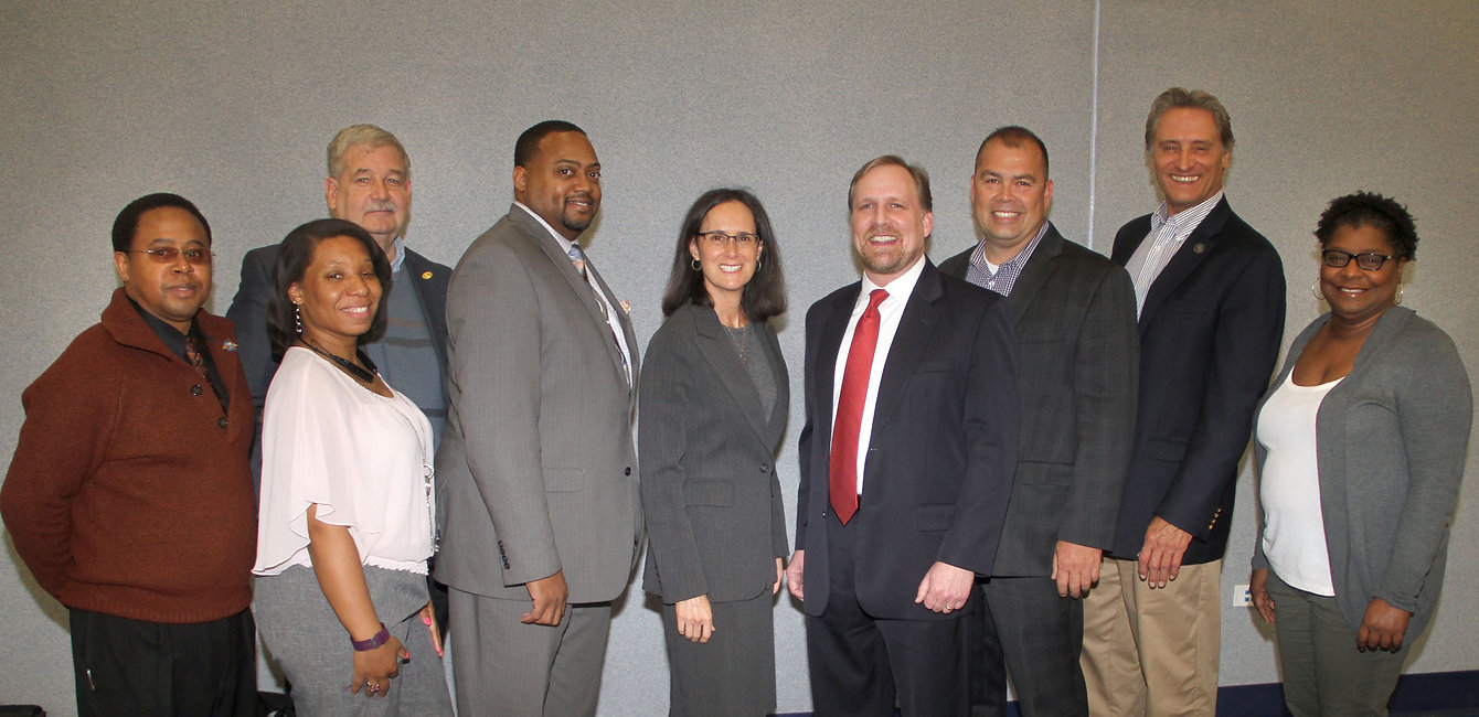 SSLBDA - AG Lisa Madigan - Richton Park - photo.jpg