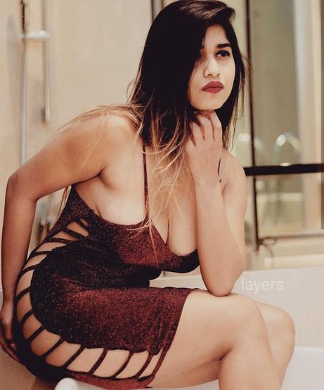 pooja-nigam-independent-model-escort-cha