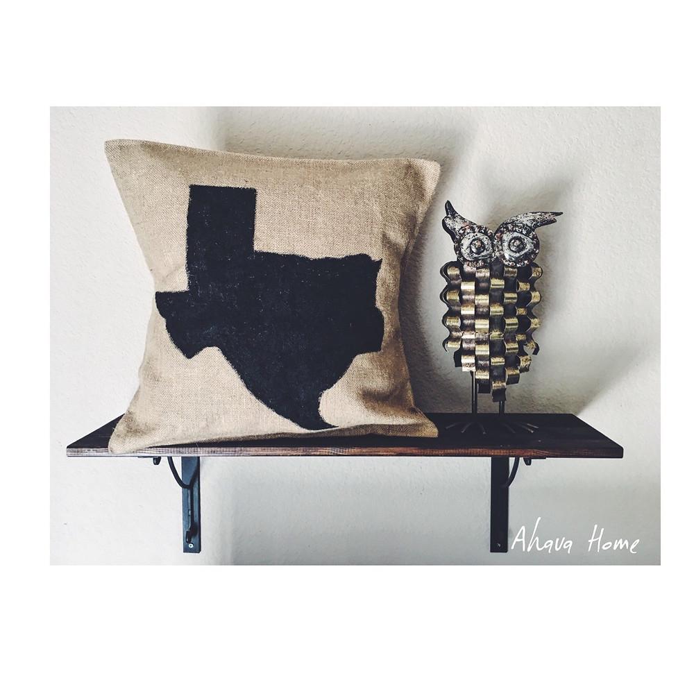 Ahava Home Bigger Than Texas Burlap Pillow