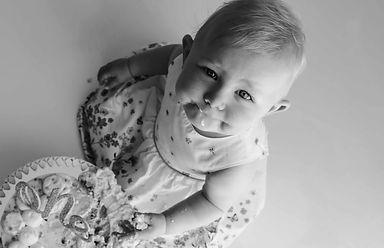 Cakesmash, 1 Jahr alt, Baby, Badeshooting, Babyfotografie, 1. Geburtstag, Familienfotograf, Emden, Ostfriesland, Niedersachsen