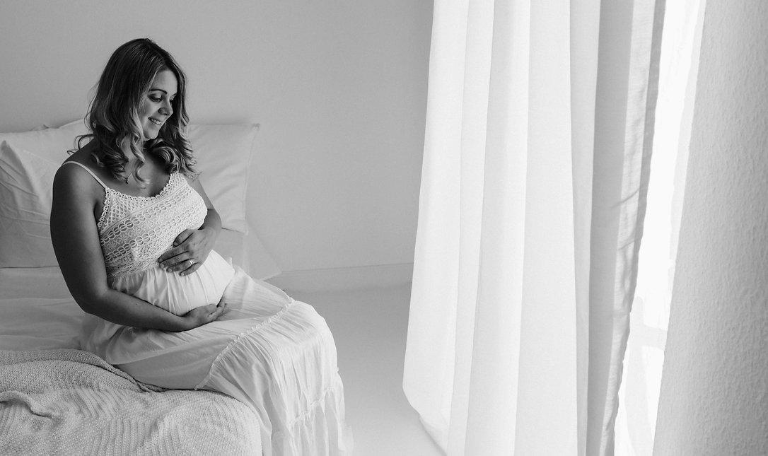 Babybauch, Babybauchshooting, Schwangerschaft, Schwangerschaftsfotografie, Klinikum Emden, Entbindung, Schwangerschaftskurs