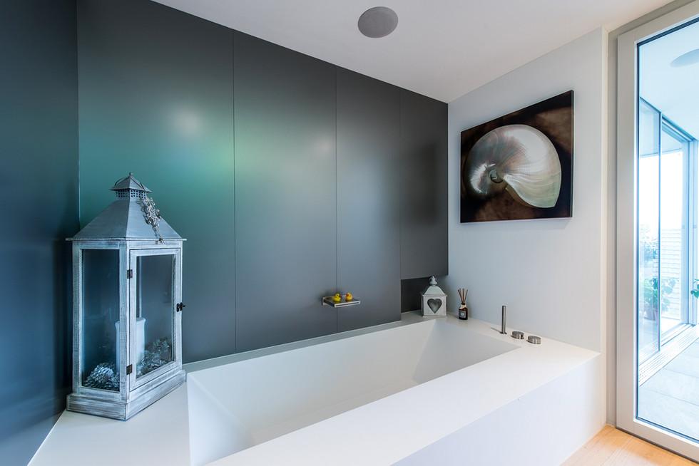 Studio DZ Dario Zimmerli Fotograf Sursee Luzern Architektur Wellness Badewanne